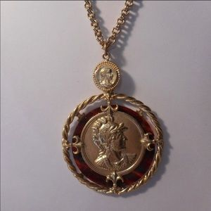 Jewelry - Coin pendant necklace